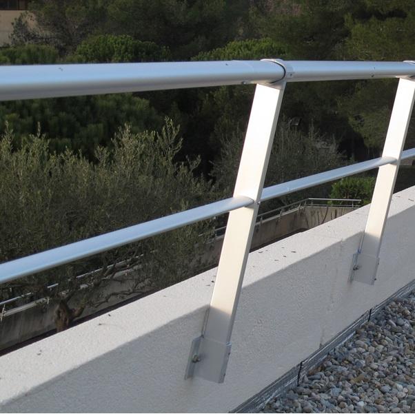 Barandillas tipos materiales y montaje en industria u for Barandillas exterior baratas