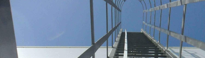 Los sistemas de prevención de caídas EN 353 son verticales