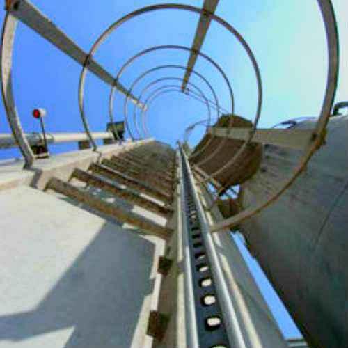 Escalera certificada EN795