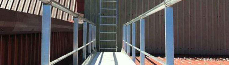 Pasarela acceso a cubiertas