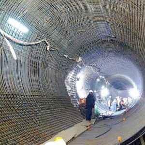 Espacios confinados para reparación eléctrica industrial