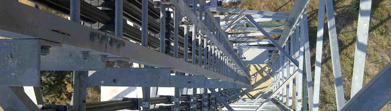 Las estructuras metálicas pueden conllevar riesgos por caída en altura