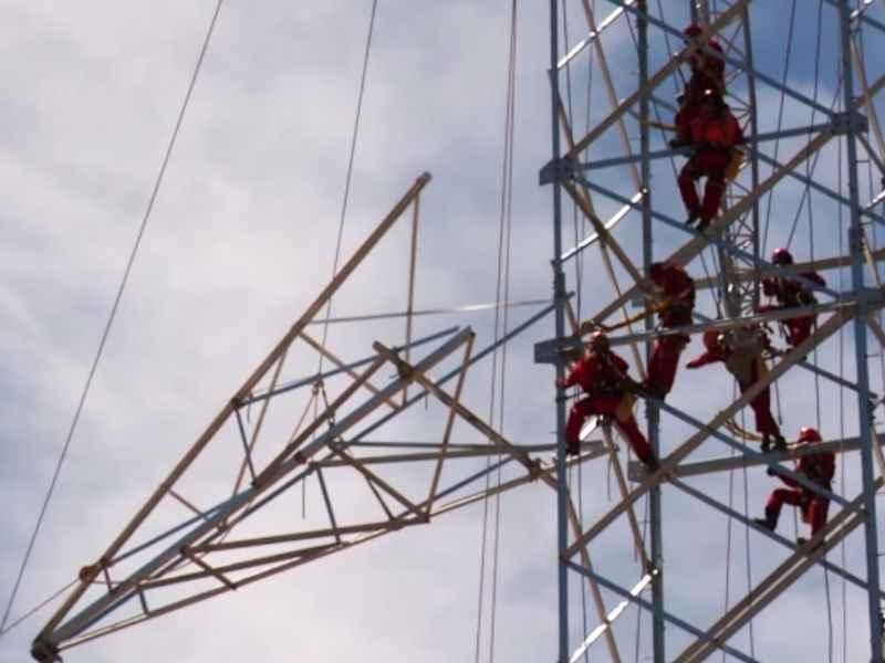 Torres eléctricas de alta tensión - Cómo subir sin riesgo