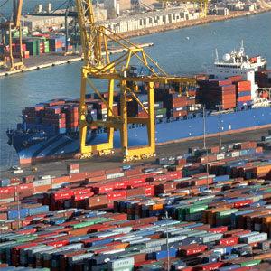 contenedor mercancia puerto