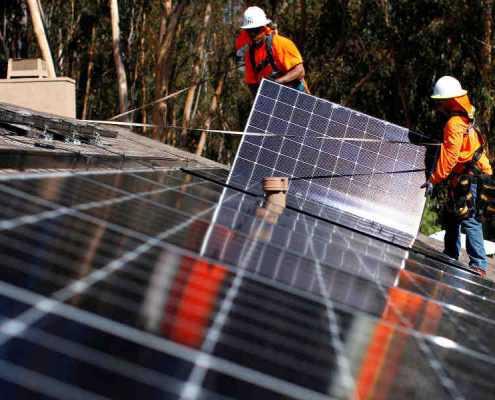 Riesgos en cubiertas: Instalación de placas solares o paneles fotovoltaicos