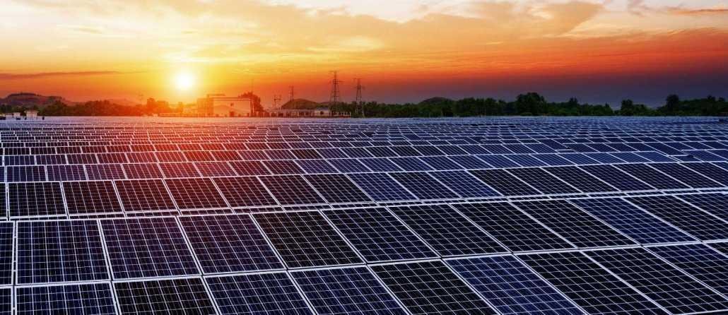 red paneles solares en casas