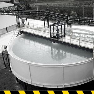 tanque agua depuradora